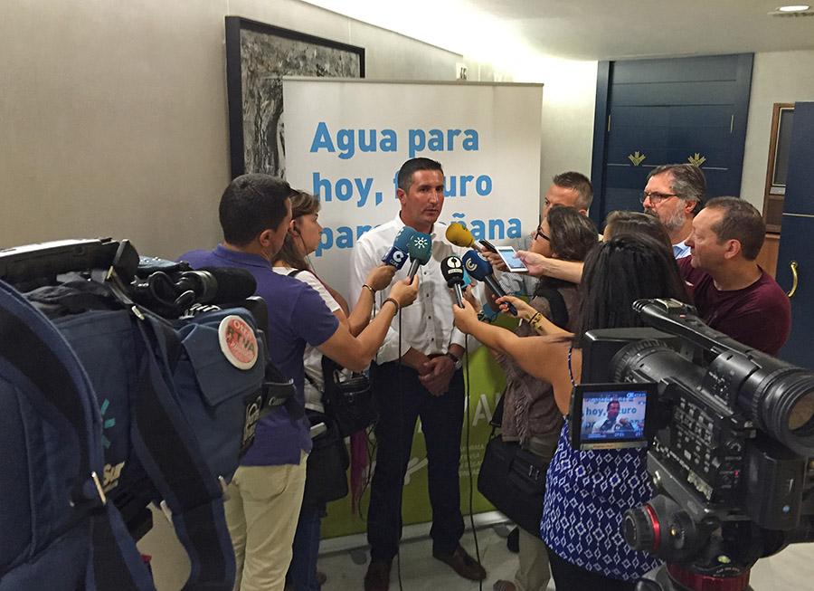 Movilización de 4.000 vehículos a Sevilla para exigir la transferencia