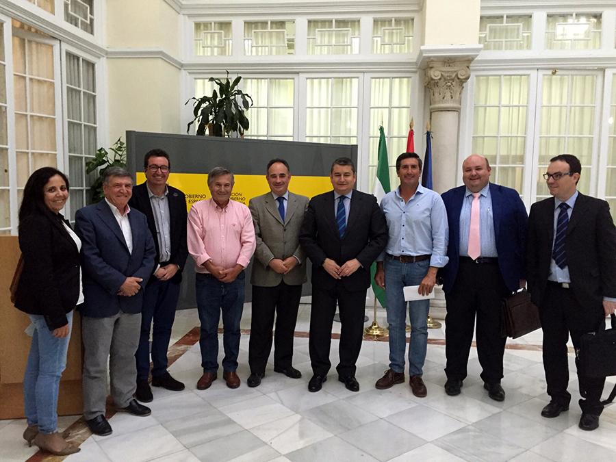 La Plataforma recibe el compromiso del Gobierno de emitir un certificado previo a las concesiones de agua