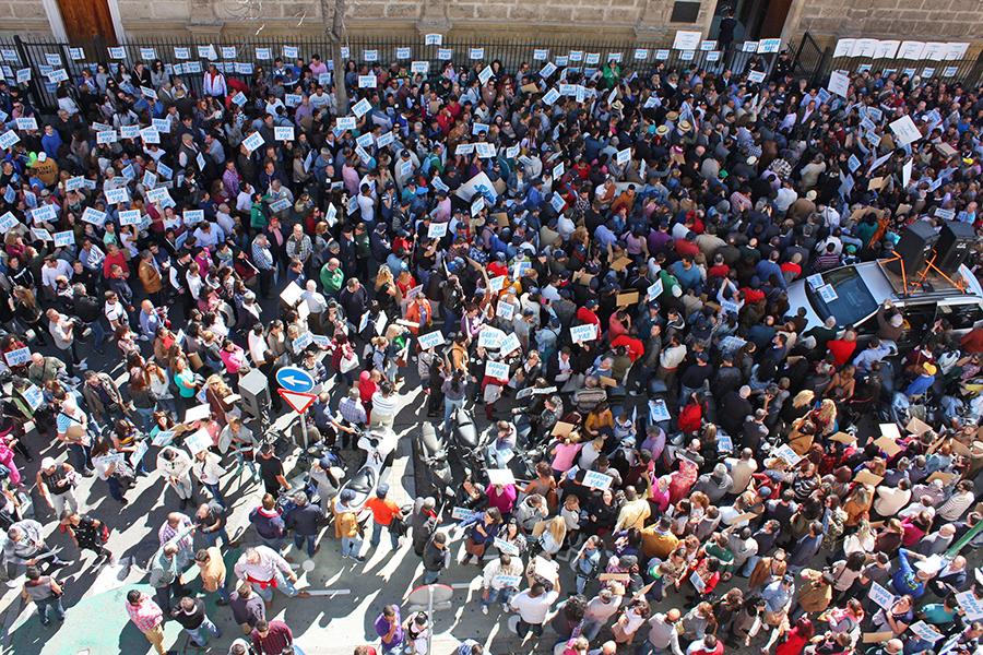 plataforma-manifestacion-parlamento01