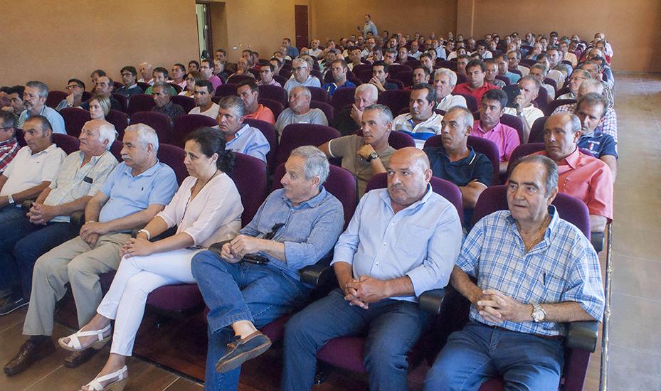 La Plataforma lamenta que la ministra Báñez no haya cumplido con los beneficiarios del trasvase